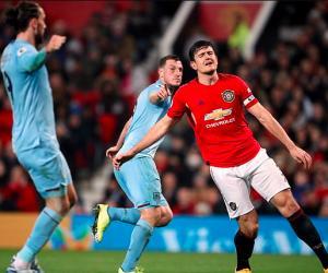 曼联传奇怒喷:马奎尔你干嘛呢!队长这么防守?